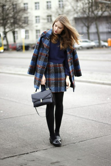 coat blogger bag gold schnee tartan two-piece loafers preppy
