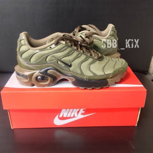 2b1923d6826 Nike Air Max Plus Olive Green