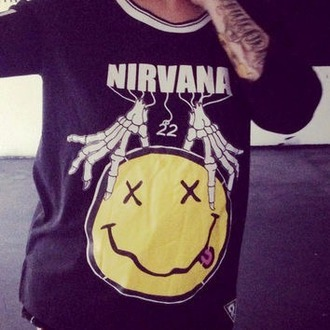 sweater grunge skull hands 22 smiley nirana grunge sweater kurt cobain
