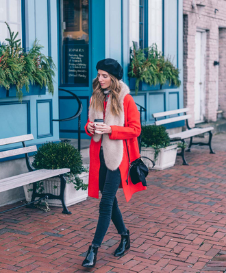 coat tumblr red coat beret hat scarf fur scarf denim jeans black jeans skinny jeans boots black boots ankle boots