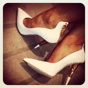 shoes,gold heels,white,white shoes,white heels,zip front,pointed toe,pointy toe shoes,pointy heels,pointy shoes