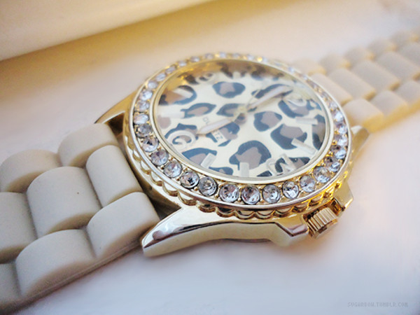 jewels leaopard watch white