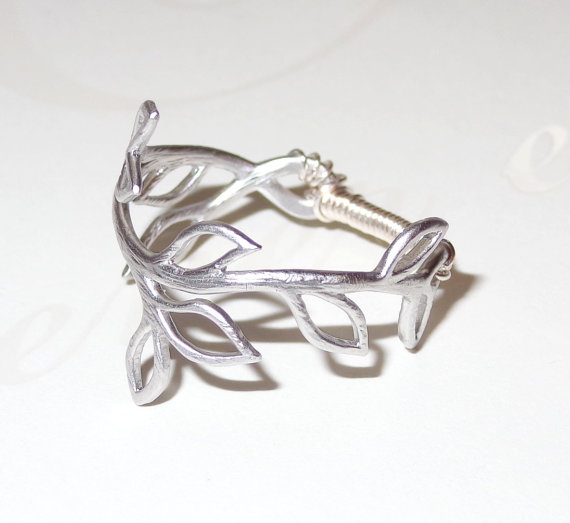 Twig vine ring matte silver midi pinky finger ring door livelovebead