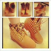 shoes,timberlands,spikes,chettah,fashion,hipstr,hipster,dope,thug life,hood,jacket,belt,nail polish,timberland,leopard print,clouté,swag,leopard timberlands,custom,chettah print,studs,custom timberlands,boots with spikes and cheetah print,boots,gold,timberland boots shoes,dress,studded shoes,style,shorts