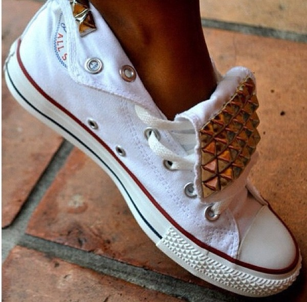 shoes converse converse high tops girly studded white studded shoes gold red low top sneakers studs white converse black all star converse streetstyle fashion outside summer nice chuck taylor all stars studded converses