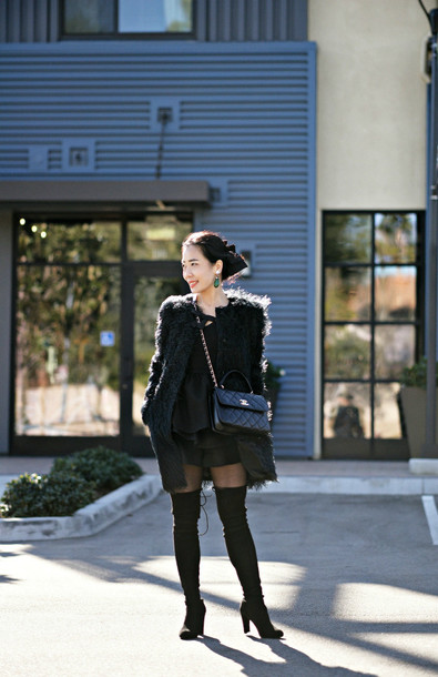 hallie daily blogger coat thigh high boots leather shorts shorts top shoes bag jewels