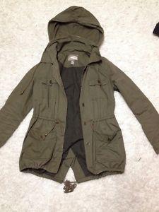 Forever 21 army surplus jacket - Ontario Clothing For Sale - Kijiji Ontario Canada.