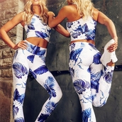 jumpsuit,floral,white floral,white floral crop top leggings set,crop tops,white crop tops,flowers,floral tank top,floral leggings,Floral tights,floral tracksuit,floral sport suit,workout,workout sexy,sexy fitness clothing,yoga,fit,jogging suit,joggers,sweatpants,sweats,white leggings,sportswear,casual,casual sport set,floral jumpsuit,style,stylish,tumblr girl,tumblr outfit,tumblr adidas,moraki,yoga pants,fitness,fitness pants,fitness suit,workout leggings,workout tops