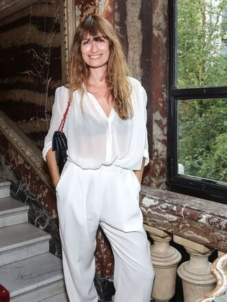 pants caroline de maigret model fashionista wide-leg pants white pants high waisted pants office pants shirt white shirt silky shirt bag black bag all white everything