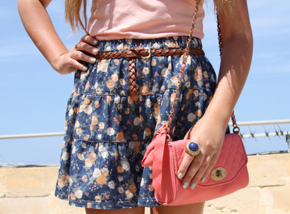 red bag bag skirt flowers flower flower print floral pink top love pretty summer