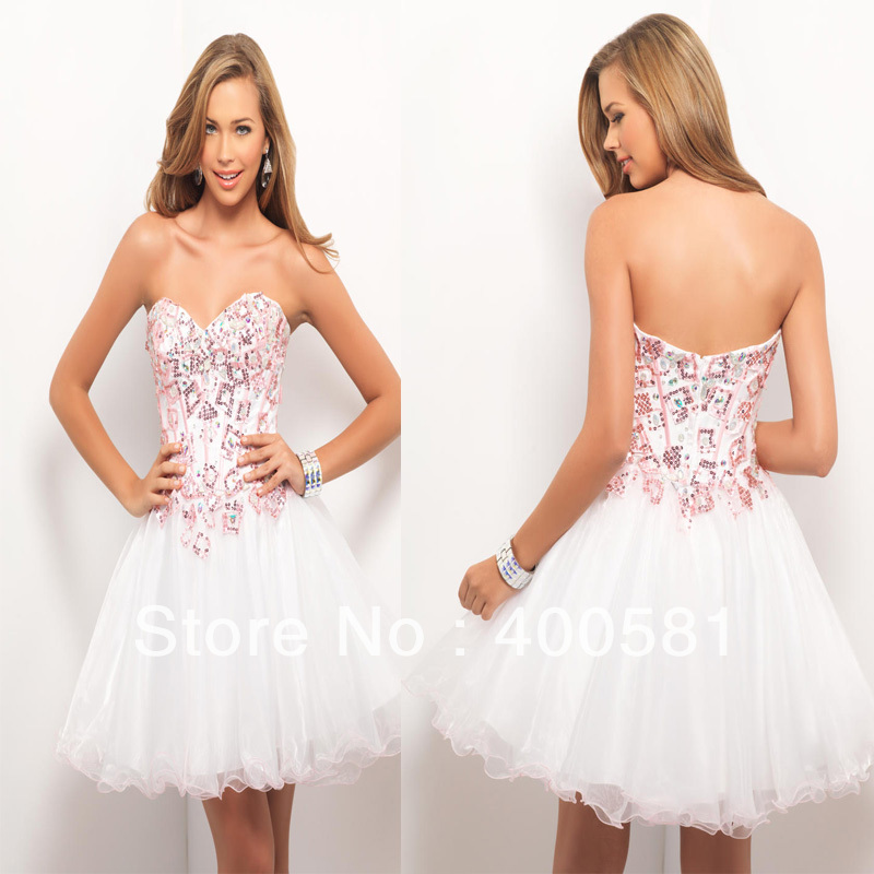 c1d0ddaf8a Aliexpress.com   Buy Beautiful Sweetheart Beaded Sequin Bodice Ball Gown  White Pink Satin Tulle Short Prom ...