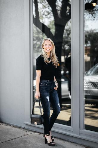 krystal schlegel blogger jeans t-shirt shirt shoes sandals high heel sandals chanel bag black t-shirt