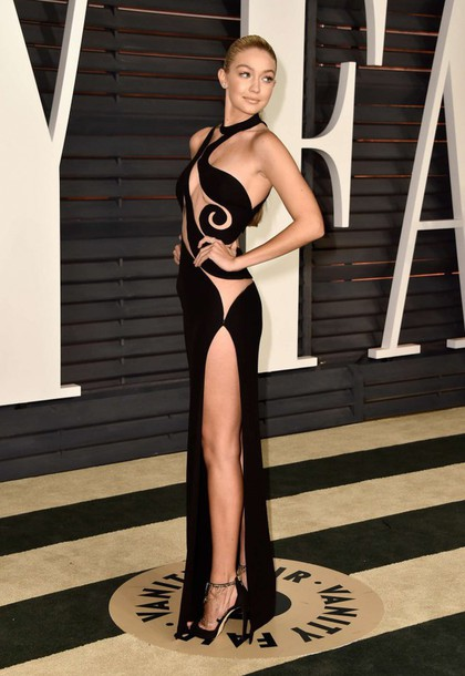 dress gown cut offs gigi hadid oscars 2015 red carpet dress vanityfair versace atelier