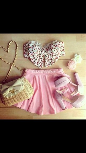bandeau top shirt shoes