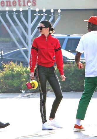 pants sweatshirt sweater kendall jenner kardashians streetstyle model off-duty jacket