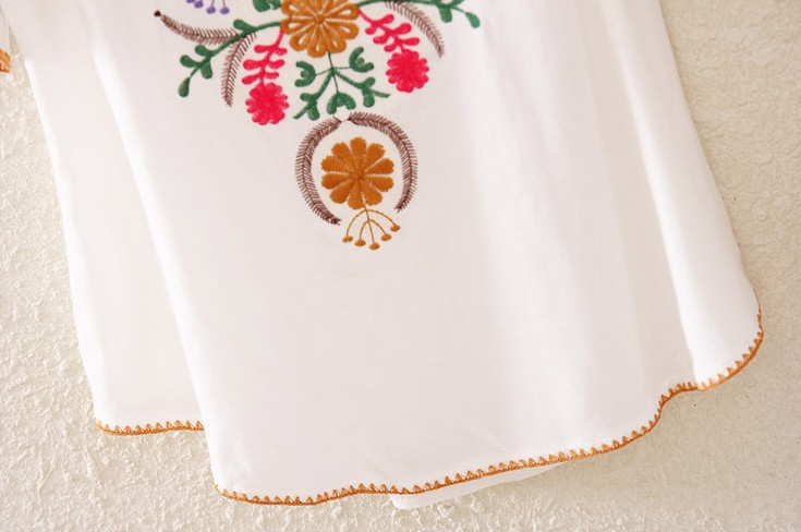 White V Neck Short Sleeve Embroidery Loose Blouse - Sheinside.com