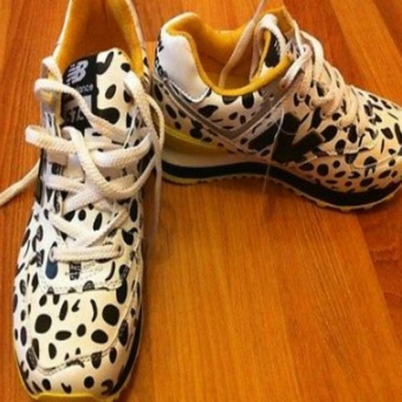 black white dots shoes new balance yellow
