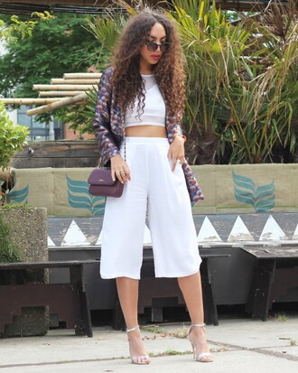 from hats to heels blogger sunglasses white crop tops crop tops culottes sandals
