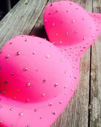 underwear pink vspink strass rhinestones lingerie bra bustier girly neon sexy sexy lingerie rave rave bra edc