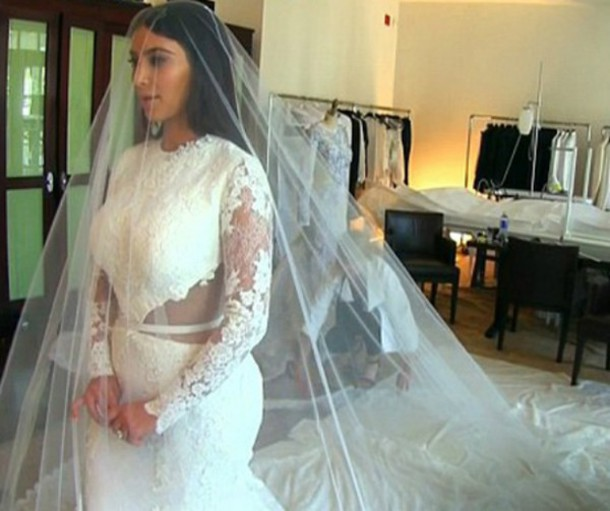 Dress kim kardashian wedding dress lace lace dress for Kim kardashian s wedding dress