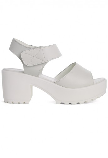Block-Heel Leather Sandals in White - Retro, Indie and Unique Fashion