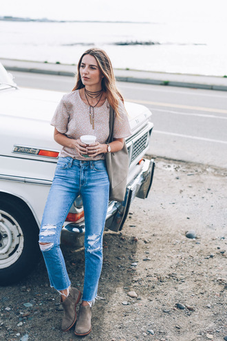 prosecco and plaid blogger shoes jeans blouse jewels bag ripped jeans skinny jeans nude top statement necklace