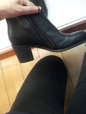 shoes,boots,leather,leather boots,black leather boots,black,leather ankle boots,ankle boots,heel boots,black shoe heels,black heels,rock,mid boots,mid heel boots