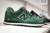shoes,sneakers,green,nb