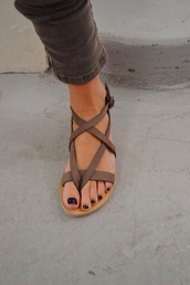shoes,brown,gladiators,greek,sandals,summer,grey,beige,flat sandals,strappy shoes,flats,brown shoes,summer sandals,strappy sandals,strappy,beige sandals,beige shoes,summer shoes,strap sandals,brown sandals,leather sandals,taupe,cute sandals,cute shoes,boho,sandles,leather,tan,love,cute,style,fashion,girly shoes,brown leather sandals,criss cross,minimalist shoes