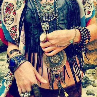 jewels necklaces jewelry shirt shorts rings braclets ring necklace