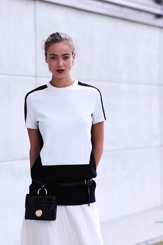 mode d'amour blogger shirt belt bag skirt shoes