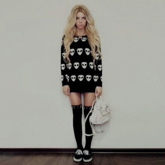 shoes studs sweater black ayy lmao aliens black and white cans white bag knee high socks grunge hipster gothic