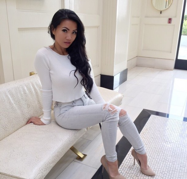 9a75381a43 white top long sleeves grey jeans ripped skinny jeans ripped jeans wavy hair