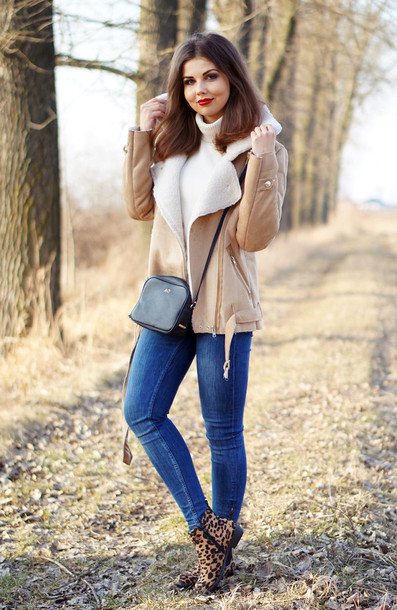a piece of anna blogger winter jacket shearling jacket jacket shoes pants sweater bag