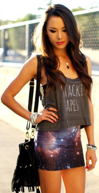 skirt grey tank top crop tops high waisted skirt galaxy print fringed bag black bag shirt