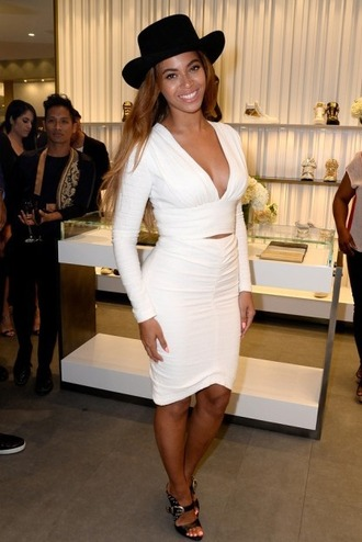 skirt top pencil skirt beyonce two-piece white mules shoes