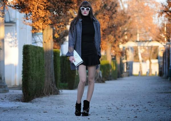 carolina krews coat skirt shoes t-shirt