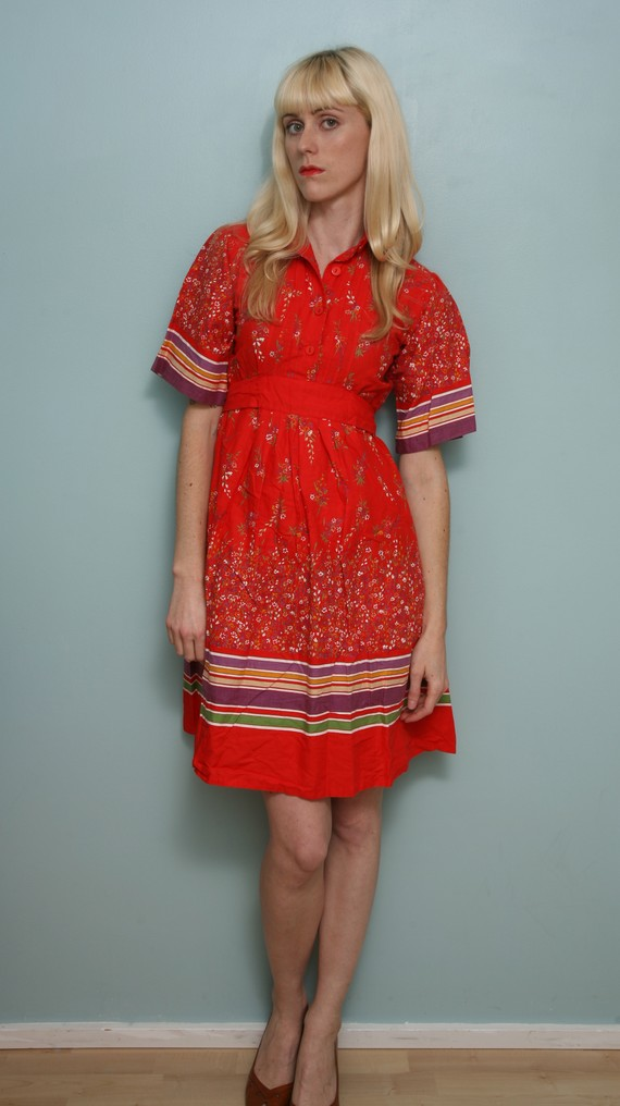 Pretty red floral peasant dress 70s 80s by yourprettythings