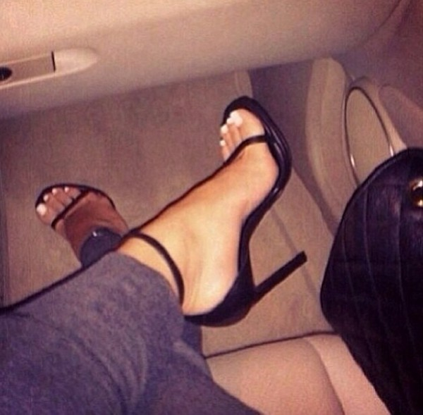 shoes black sandals