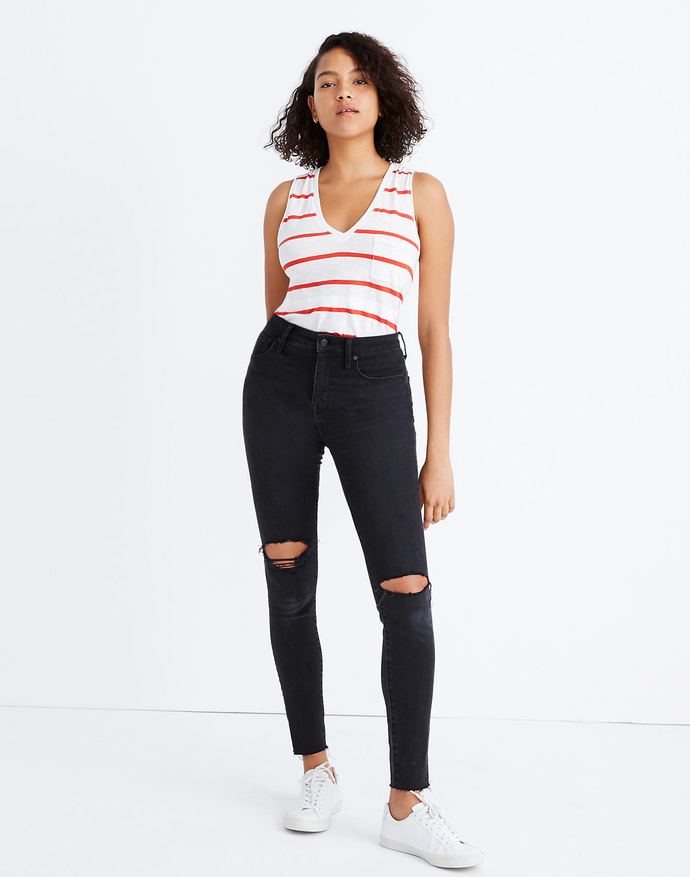 Curvy High-Rise Skinny Jeans in Black Sea