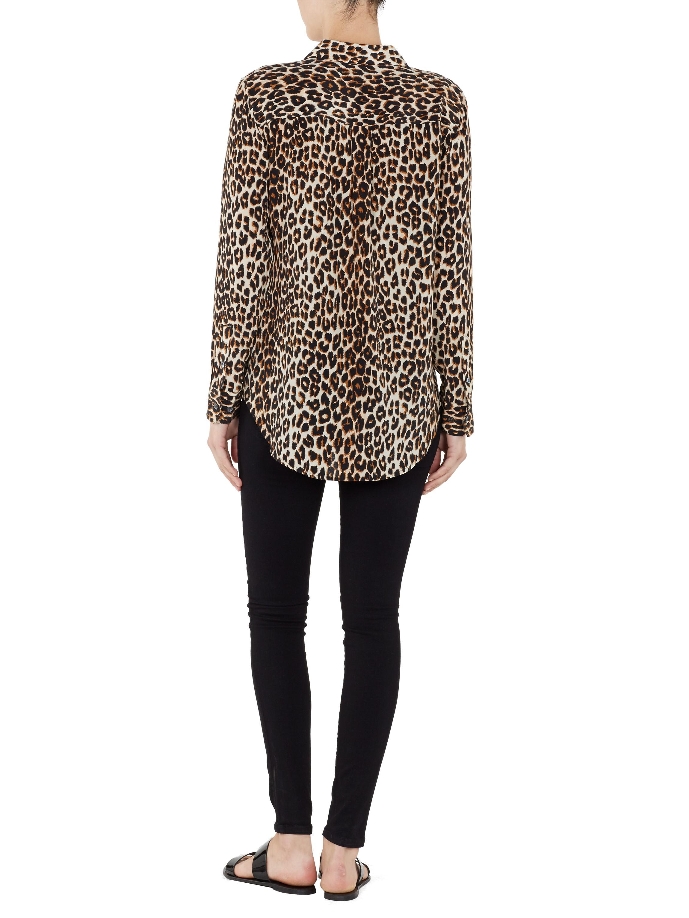 062316312142 EQUIPMENT Slim Signature Natural Leopard Print