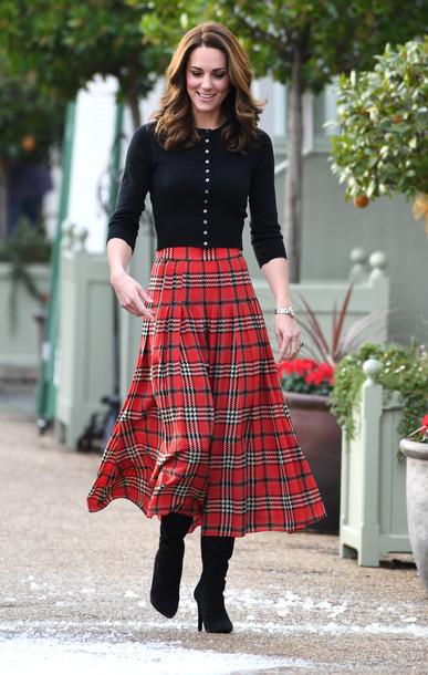 skirt tartan tartan skirt midi skirt boots kate middleton fall outfits sweater