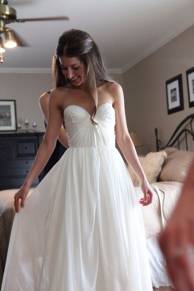 white dress sweetheart neckline wedding dress plain dress dress white prom dress long prom dress bustier dress white chiffon dress white strapless