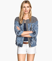 jacket,flowers,embroidered,pretty,beautiful,blonde hair,spring jackez,spring jacket,spring blazer,fashion,fashion blogger,spring outfits,spring season,lookbook,ootd,potd,hm.com,h&m