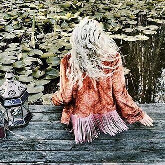 jacket liberated heart fringed jacket velvet velvet jacket printed velvet jacket printed jacket hendrix jacket festival jacket gypsy bohemian festival look festival festival outfit winter jacket winter outfits coachella 36683 mimielashiry