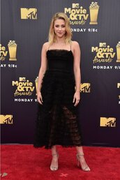 dress,lili reinhart,black dress,prom dress,prom gown,prom beauty,midi dress,ruffle,ruffle dress,mtv movie awards,sandals,sandal heels