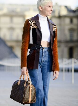 jacket top michelle williams streetstyle paris fashion week 2017 crop tops fall outfits bag