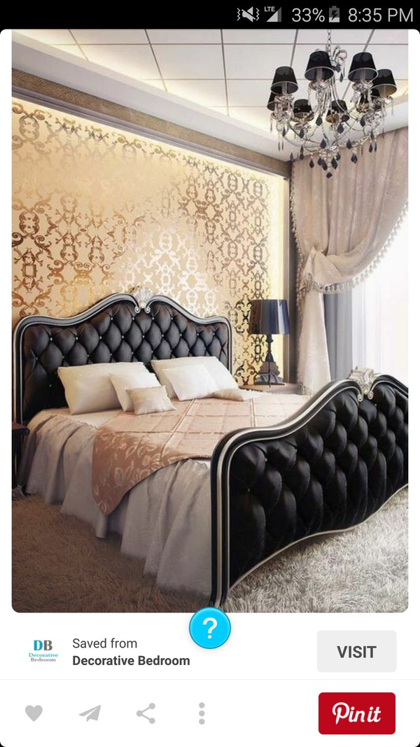 Home accessory room accessoires bedding wall paper for Wall pillow for bed