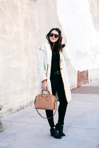 kendi everyday blogger make-up coat givenchy bag winter outfits winter coat ankle boots black pants