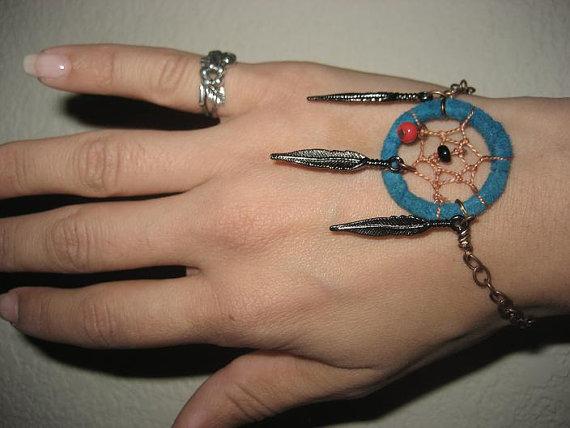 Dream catcher bracelet blue adjustable turquoise par azeetadesigns